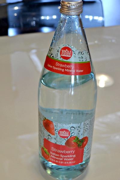 Best Strawberry Sparkling Mineral Water Recipe on Pinterest