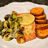 Lemon Parmesan Salmon {Recipe}