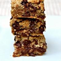 Chocolate Chip Toffee Bars {Recipe}