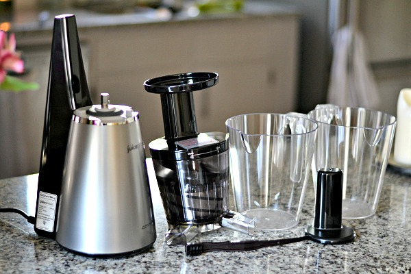 Learning To Juice at Home with the Juicepresso Cold Press Juicer - Peanut Butter Runner