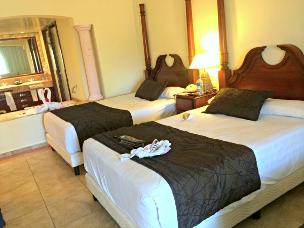 Resort Review Majestic Colonial Punta Cana Peanut Butter Runner