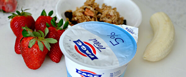 Everyday Uses for Plain Greek Yogurt: From Breakfast Bowls to Dressings to Desserts!