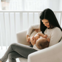 My Best Tips for Breastfeeding and Pumping