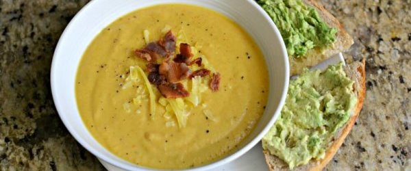 Cheesy Roasted Cauliflower Soup