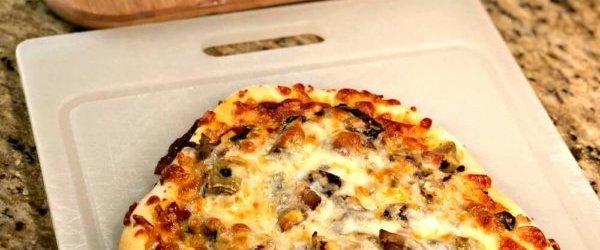 Recent Eats: Sourdough Pizza + Pesto Panko Salmon