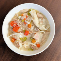 Super Simple Old Fashioned Chicken and Dumplings